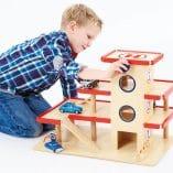 jouet en bois cadeau noel garage en bois pinolino jouet de noel