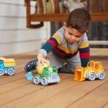 trois camion de travaux joeut ecologique green toys