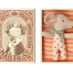 Maileg : bébé souris à pois dans un lit boite d'allumettes