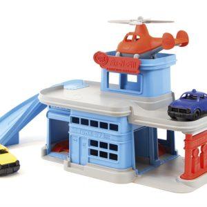 Green Toys Garage avec 2 voitures et son hélicoptère