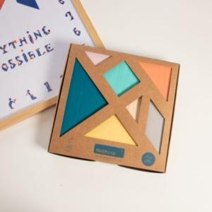 Me & Mine : Tangram en couleurs